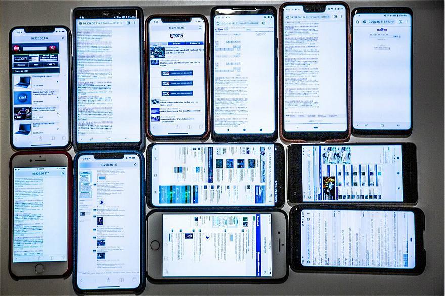 结合测试结果,Fowler考虑到导致手机续航减少的两方面因素。他近日邀请了CNET, Consumer Reports和Toms Guide等多家科技媒体的评测人员,探讨了如何通过电池测试技术来找出手机在日常使用过程中电池续航缩短的原因。Toms Guide的主编Mark Spoonauer表示:智能手机的平均续航时间正在下降。他还发现新款iPone XS的电池性能比一年前的iPhone X更糟糕。 但并非所有的评测人员都发现了电池性能的下降不同的测试结果有助于揭示智能手机市场的现状。 一般