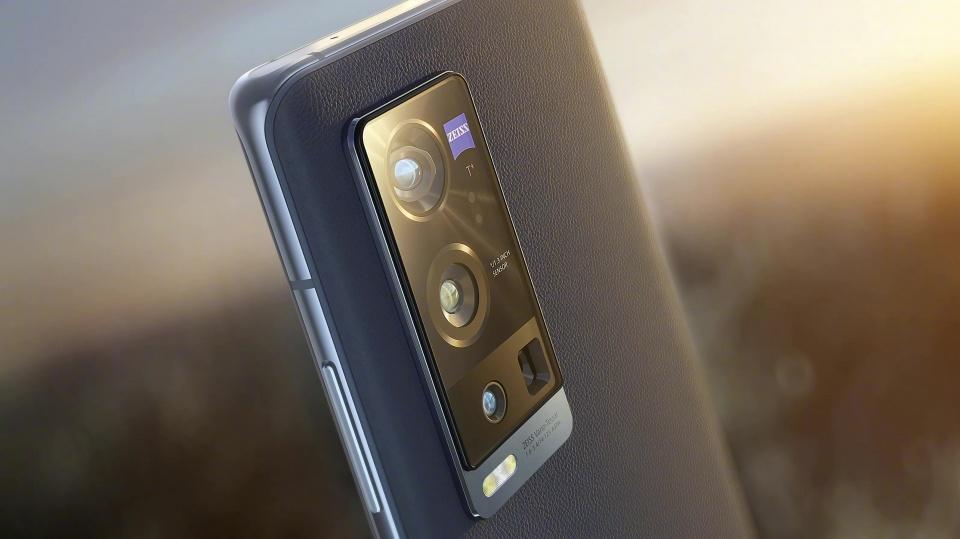 智能手机市场观察:国产接过创新接力棒,vivo X60 Pro+提供最新例证