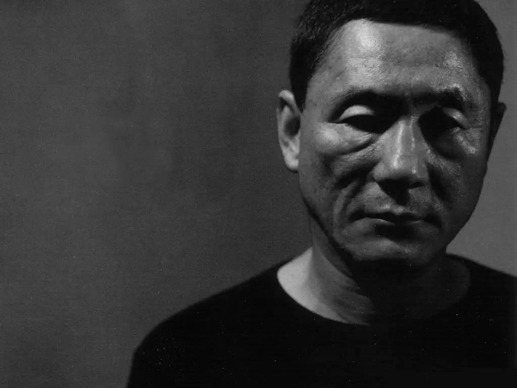 从《刺痛我》到《好极了》:刘健导演的思考与